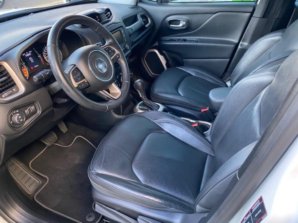 Imagem do veículo JEEP RENEGADE 1.8 LONGITUDE  - AUTOMÁTICO - ABSURDO ESTADO DE CONSERVAÇÃO!!!