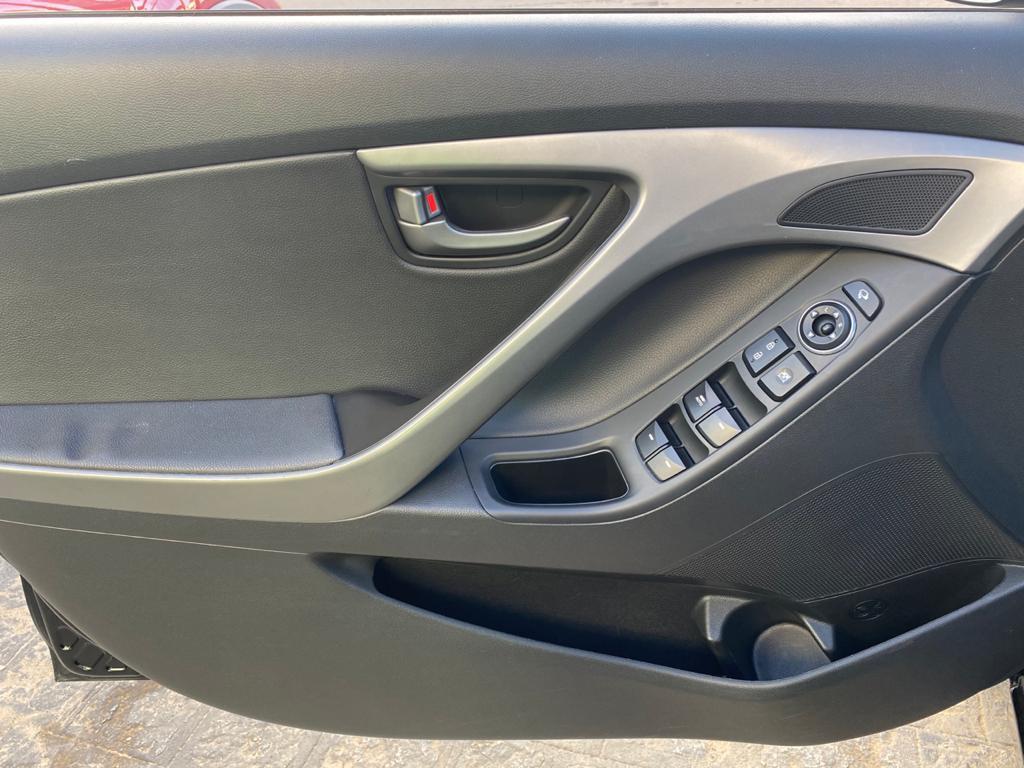 Imagem do veículo HYUNDAI ELANTRA 2.0 16V FLEX 4P AUTOMÁTICO** BAIXO KM** IMPECÁVEL ESTADO DE CONSERVAÇÃO**
