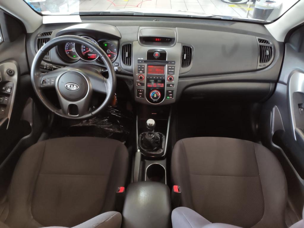 Imagem do veículo KIA CERATO 1.6 EX3 2011 - REVISADO + PNEUS NOVOS!!