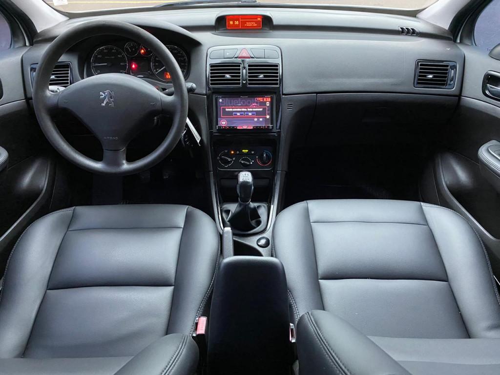 Imagem do veículo PEUGEOT 307 1.6 PRESENCE 16V FLEX 4P MANUAL**ABSURDO ESTADO DE CONSERVAÇÃO**APENAS 66 MIL KM RODADOS**