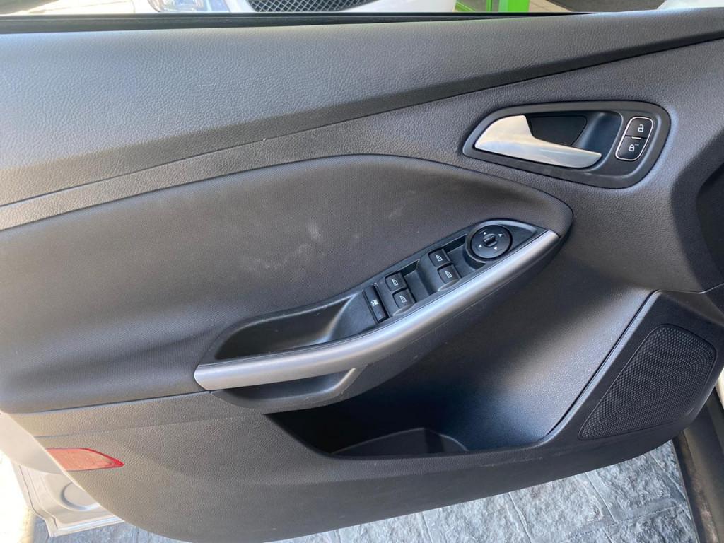 Imagem do veículo FORD FOCUS 2.0 SE SEDAN FLEX 4P AUTOMÁTICO **ABSURDO ESTADO DE CONSERVAÇÃO** APENAS 44 MIL KM RODADOS**