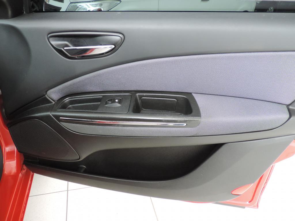 Imagem do veículo FIAT BRAVO 1.8 essence 16v flex 4p manual