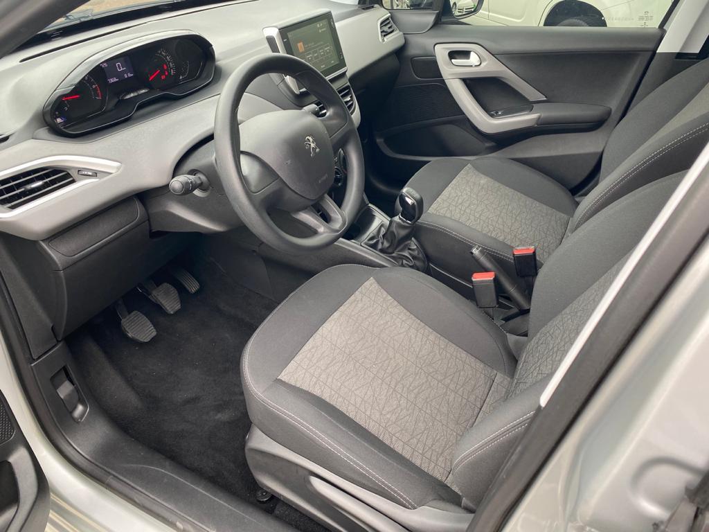 Imagem do veículo PEUGEOT 208 1.2 ACTIVE FLEX 4P MANUAL**ABSURDO ESTADO DE CONSERVAÇÃO**APENAS 27 MIL KM  RODADOS**