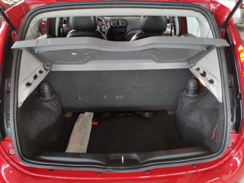 Imagem do veículo FIAT PALIO 1.4 ATTRACTIVE 8V FLEX 4P 2013 - COMPLETO + REVISADO!