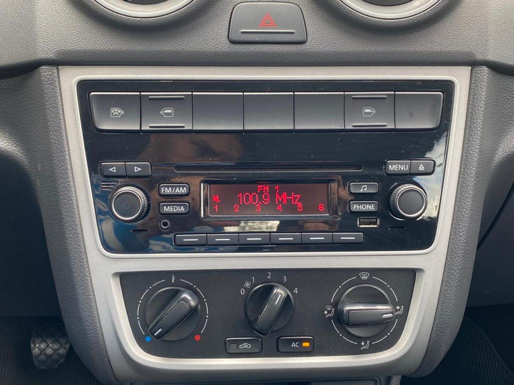 Imagem do veículo VOLKSWAGEN GOL 1.0 12V MPI TOTALFLEX TRENDLINE 4P MANUAL** EXCELENTE ESTADO DE CONSERVAÇÃO** 4 PNEUS NOVOS