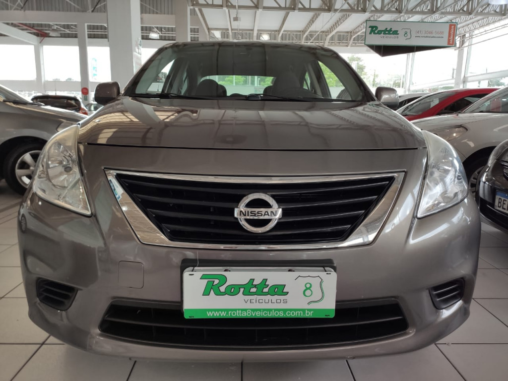 NISSAN VERSA 1.6 16V FLEX SV 4P MANUAL 2014 - IMPECÁVEL ESTADO