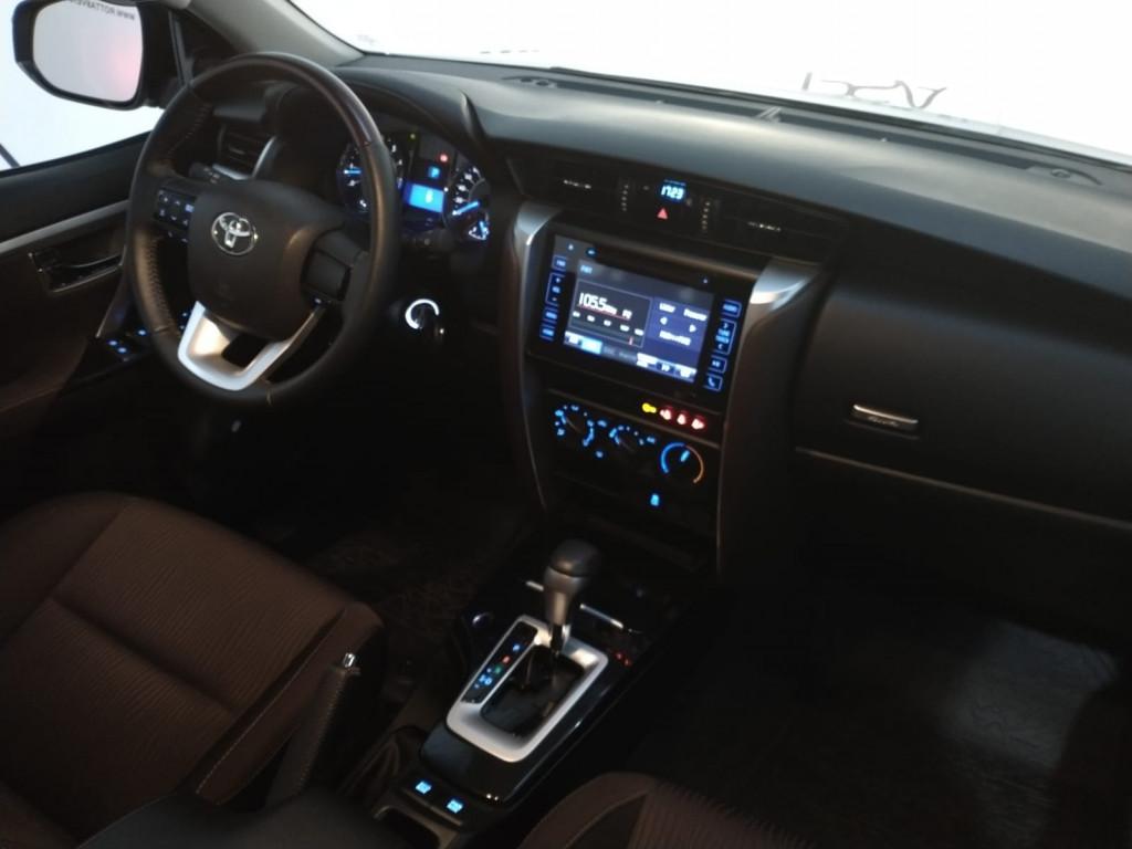 Imagem do veículo HILUX SW4 2.7 SR 4X2 16V FLEX 4P AUTOMÁTICO - COM APENAS 3000 KM  RARISSIMO!!!