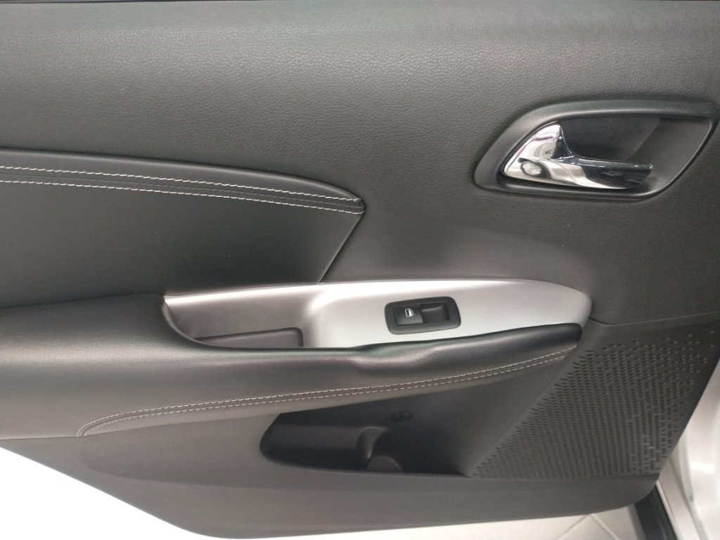Imagem do veículo FREEMONT 2.4 PRECISION 16V GASOLINA 4P AUTOMÁTICO