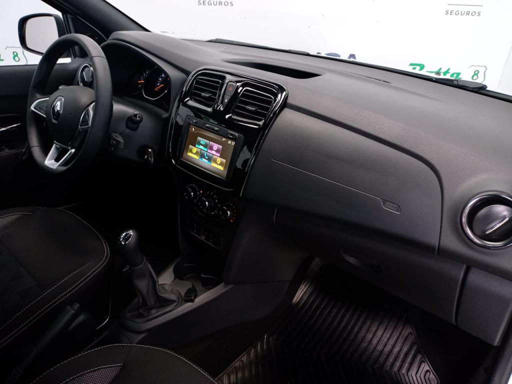 Imagem do veículo LOGAN 1.6 16V SCE FLEX ZEN MANUAL - COM APENAS 5 MIL KM !!!