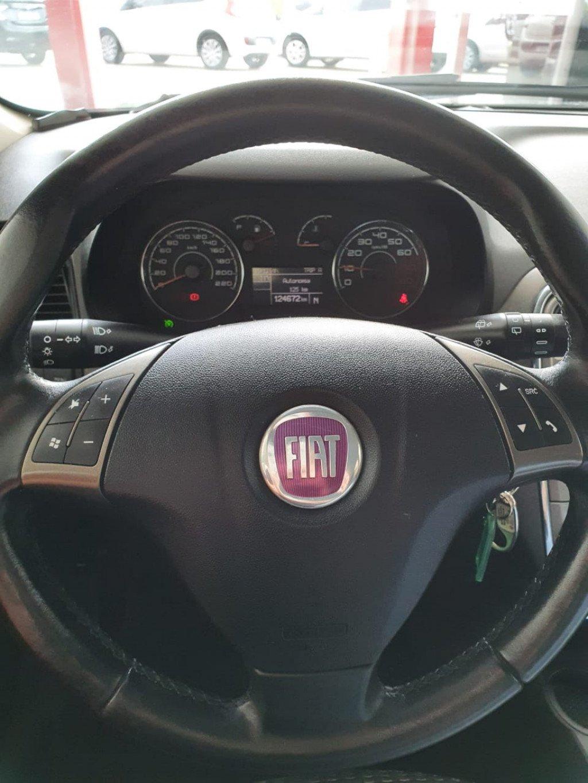 Imagem do veículo FIAT PUNTO 1.8 ESSENCE 16V FLEX 4P AUTOMATIZADO
