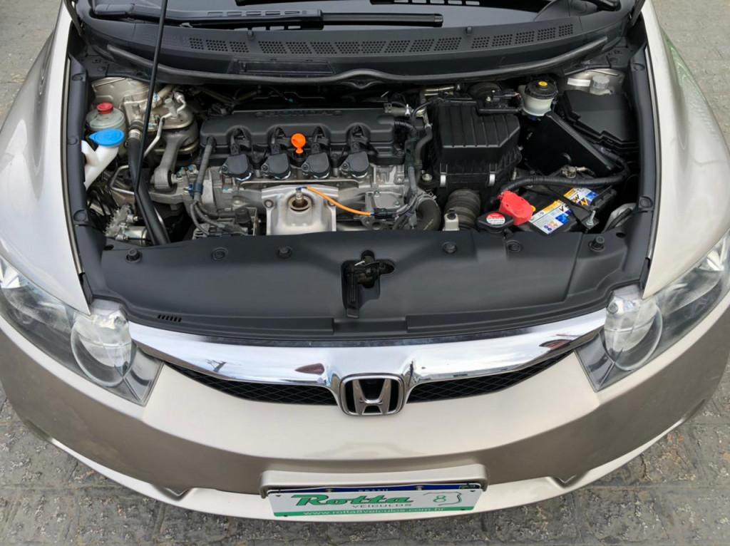 Imagem do veículo HONDA CIVIC 1.8 LXS 16V GASOLINA 4P MANUAL