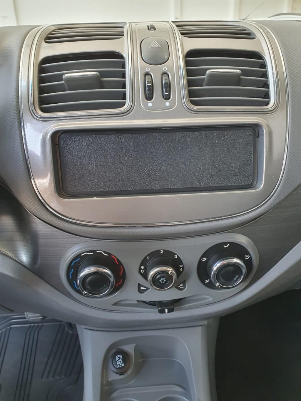 Imagem do veículo FIAT SIENA 1.6 MPI ESSENCE 16V FLEX 4P MANUAL