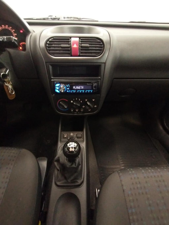 Imagem do veículo CORSA 1.4 MPFI MAXX 8V FLEX + AR COND + DIR HID !!!