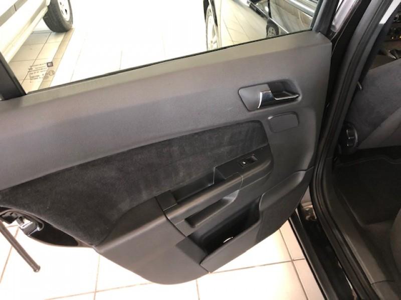 Imagem do veículo VECTRA 2.0 GT HATCH CÂMBIO MANUAL 2009 - LINDO!!