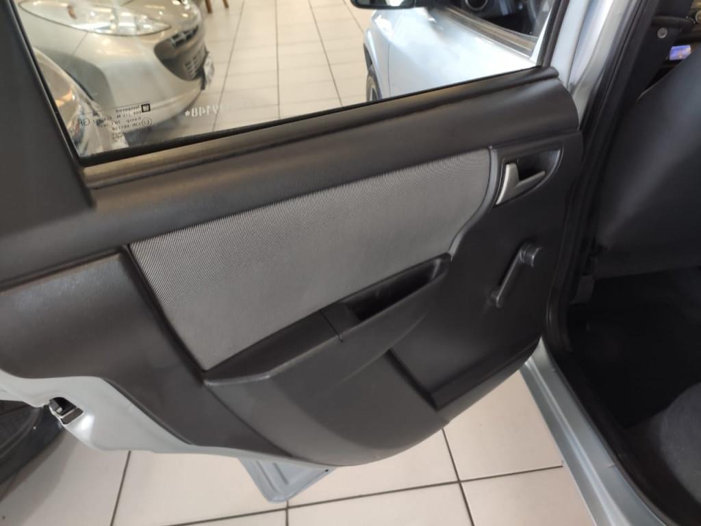 Imagem do veículo CELTA 1.0 MPFI LT 8V FLEX 4P MANUAL 2012!!!COM DIREÇÃO HIDRÁULICA!!!