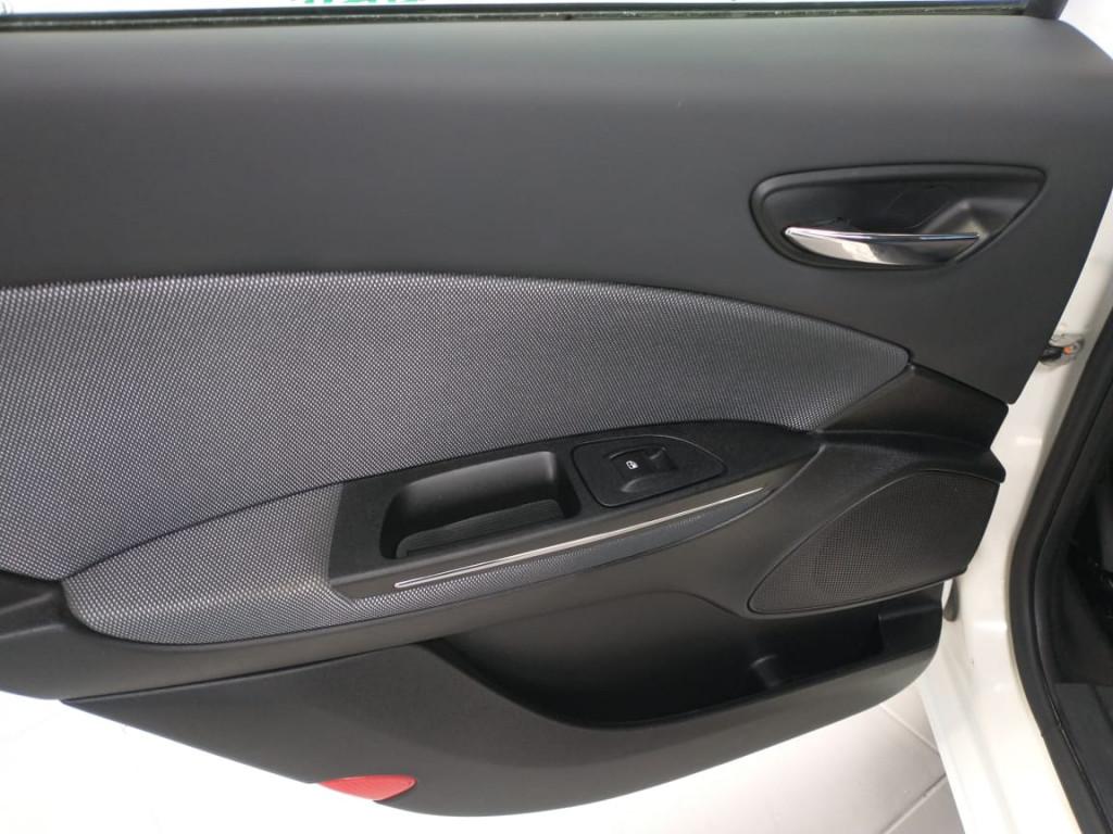 Imagem do veículo BRAVO 1.8 essence 16v flex 4p manual