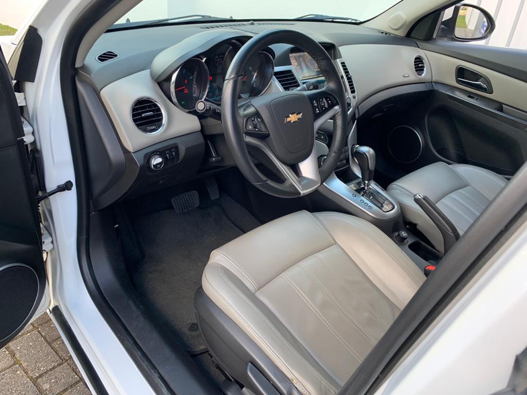 Imagem do veículo CHEVROLET CRUZE 1.8 LTZ 16V FLEX AUTOMÁTICO - MULTIMIDIA E BANCO DE COURO - TOP DE LINHA!!!