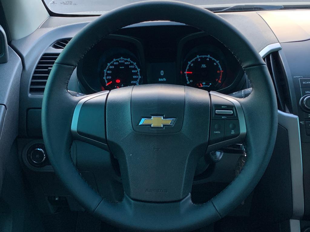 Imagem do veículo CHEVROLET S10 2.4 LT 4X2 CD 8V FLEX 4P MANUAL - LINDA CAMIONETE - PARA TODOS OS TIPOS DE TERENO!!!