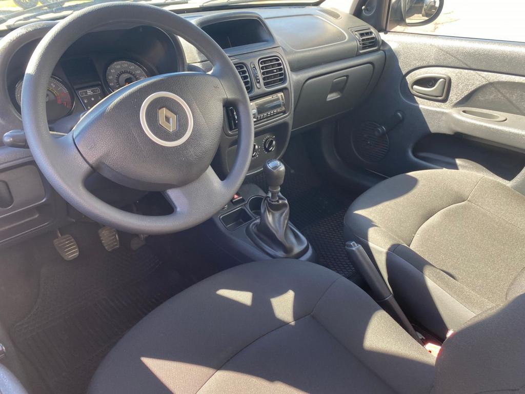 Imagem do veículo RENAULT CLIO 1.0 AUTHENTIQUE 16V FLEX 2P MANUAL