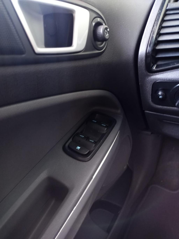 Imagem do veículo FORD ECOSPORT 2.0 FREESTYLE 4WD 16V FLEX 4P MANUAL