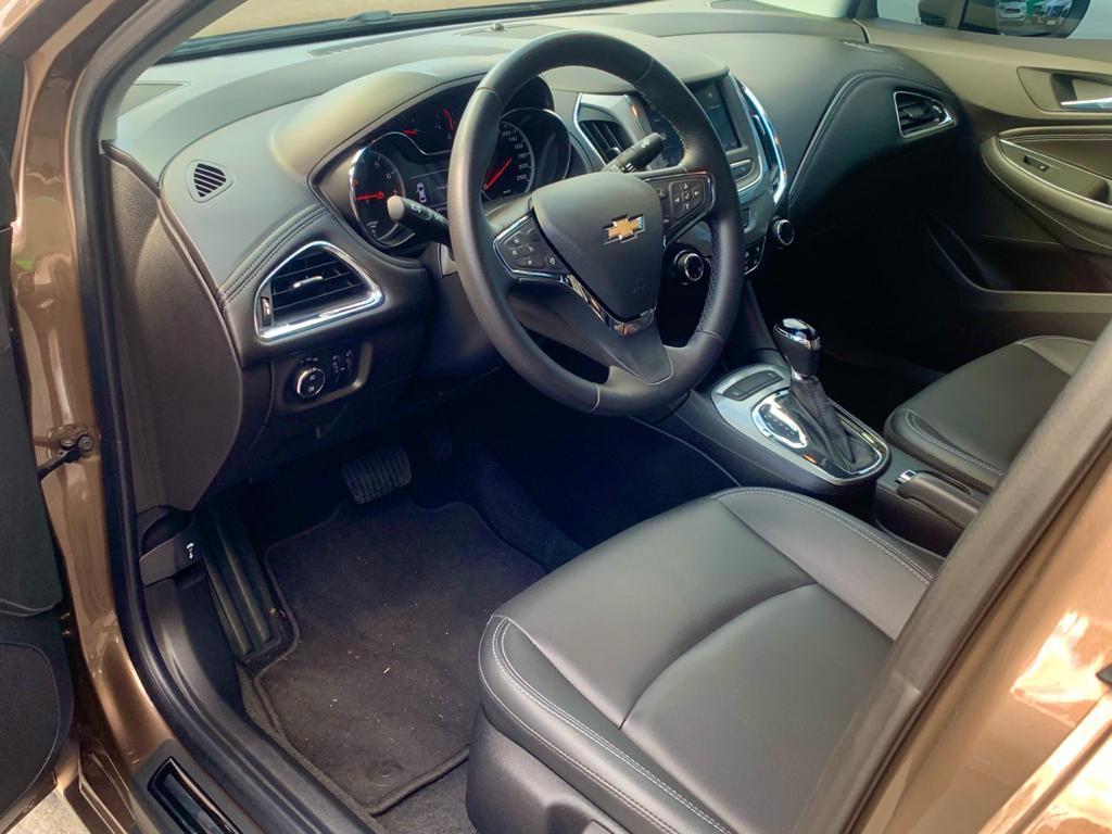 Imagem do veículo CHEVROLET CRUZE 1.4 TURBO LT FLEX AUTOMÁTICO - APENAS 10.000KM - SEMI ZERO!!!