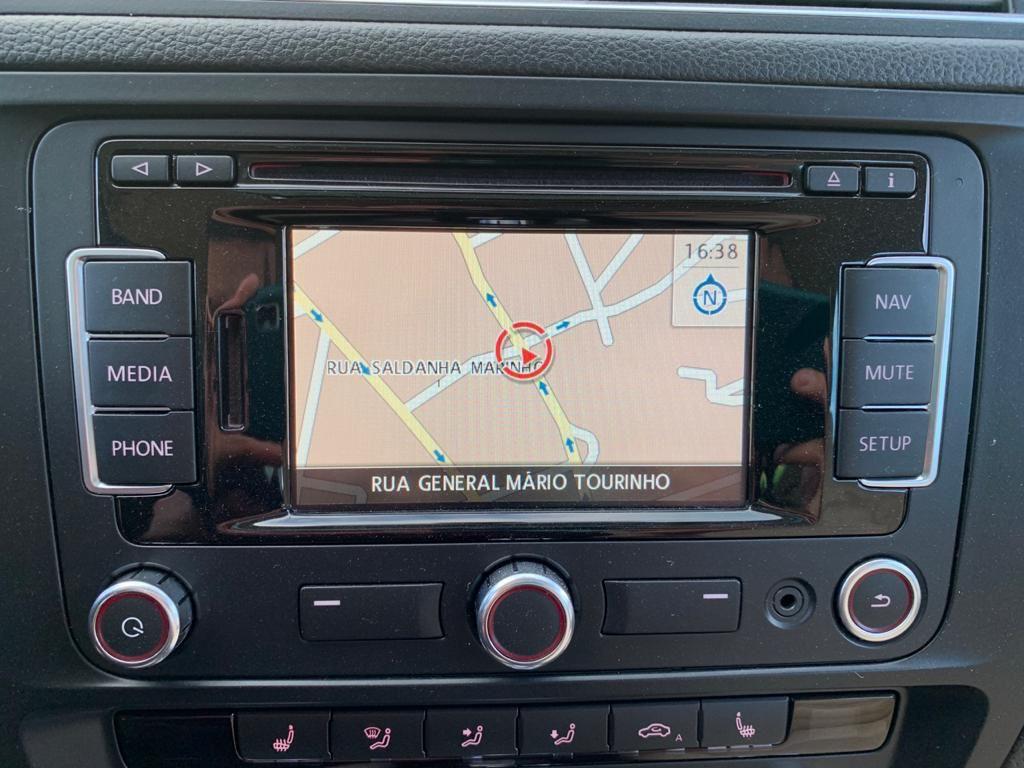 Imagem do veículo VOLKSWAGEN JETTA 2.0 TSI HIGHLINE 211CV  DSG 2013 - INTERNA CARAMELO + TETO