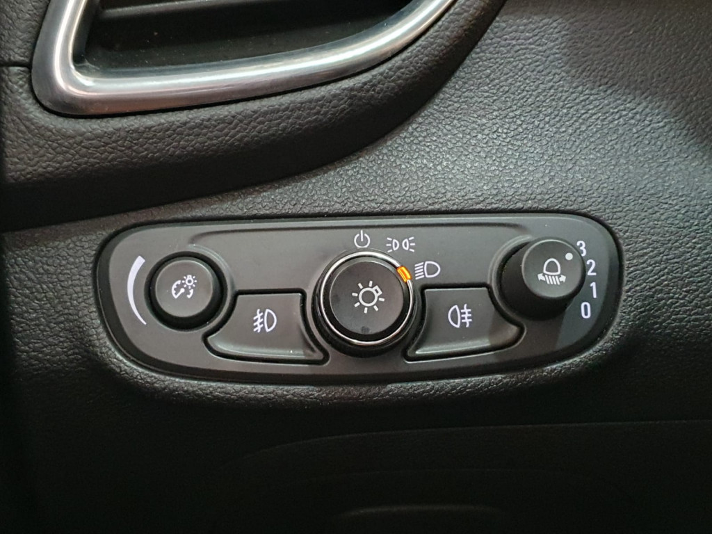 Imagem do veículo CHEVROLET TRACKER 1.4 TURBO LTZ AUTOMÁTICO 2017 - APENAS 47MIL KM RODADOS