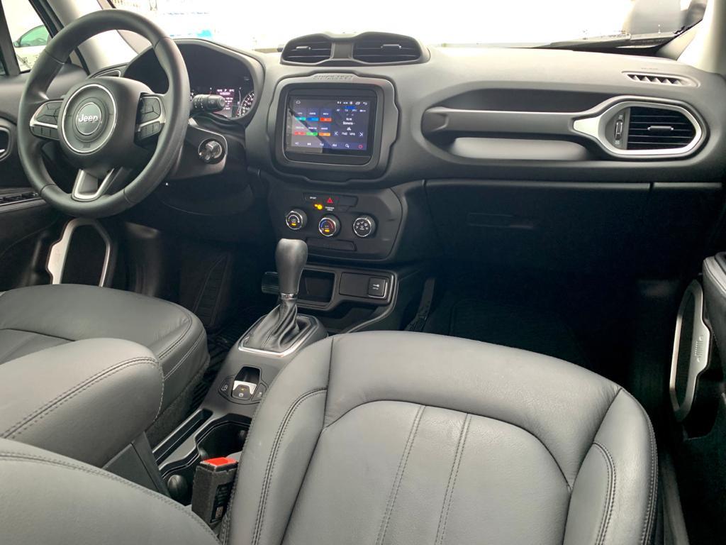 Imagem do veículo JEEP RENEGADE 1.8 16V FLEX 4P AUTOMÁTICO - APENAS 8 MIL KM - COM BANCO DE COURO!!!
