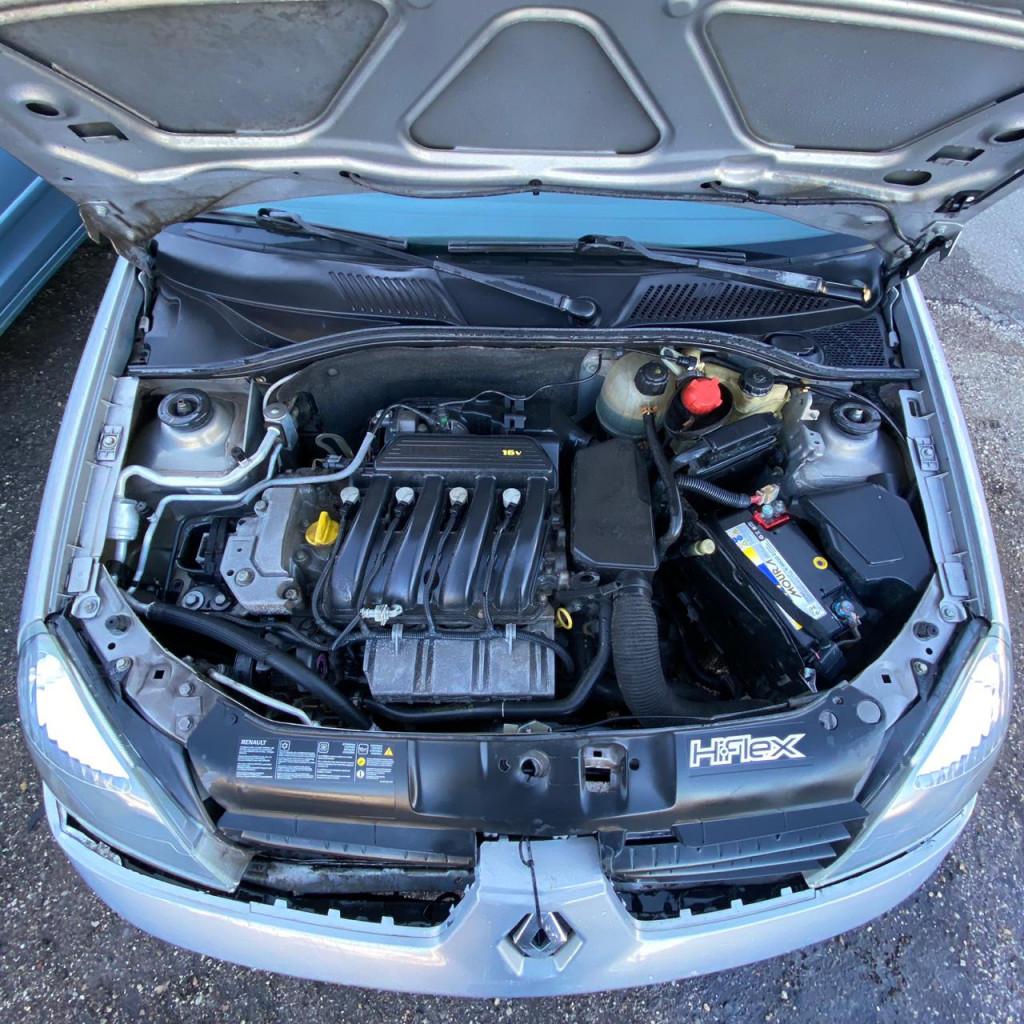 Imagem do veículo RENAULT CLIO 1.6 PRIVILÉGE 16V FLEX 4P MANUAL