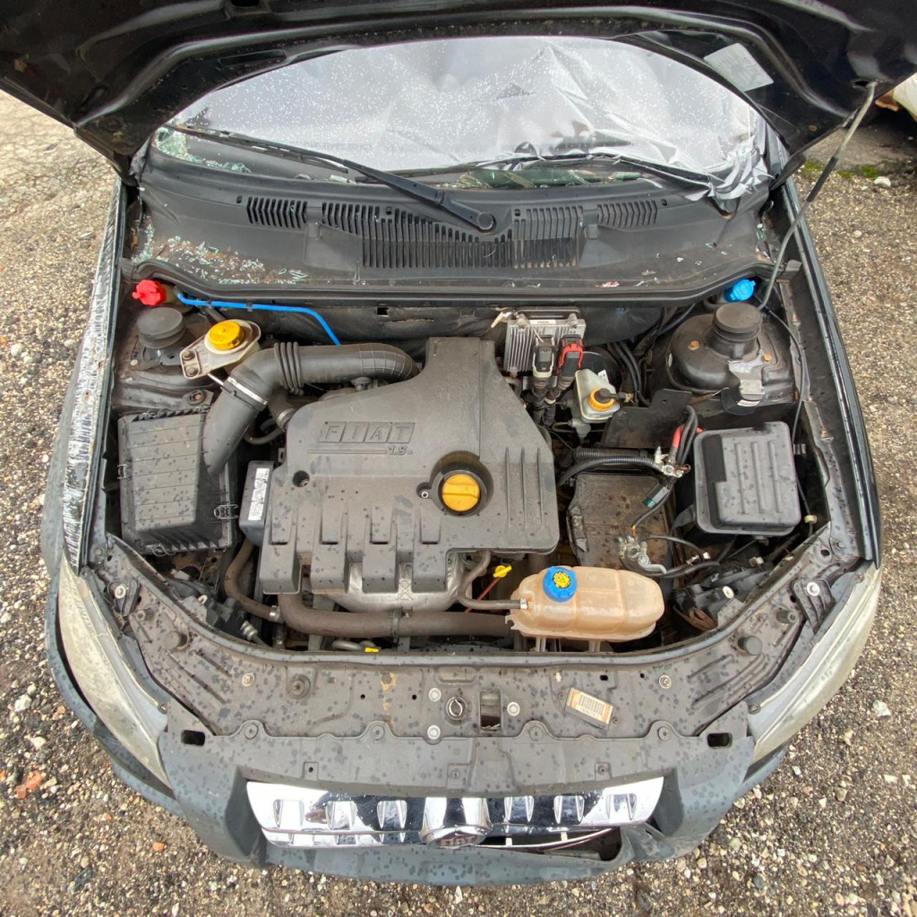 Imagem do veículo FIAT STRADA 1.8 mpi adventure locker cd 16v flex 2p manual