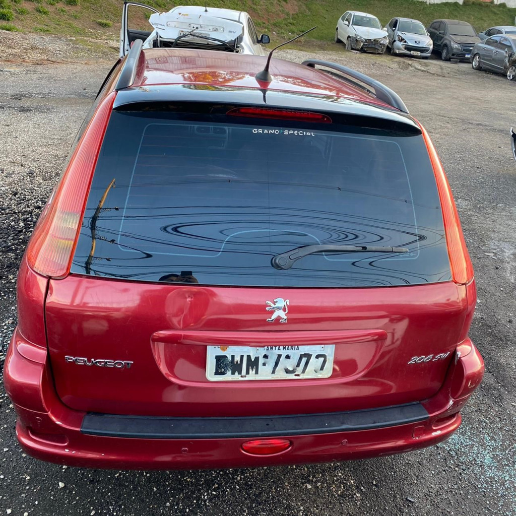 Imagem do veículo PEUGEOT 206 1.6 FELINE SW 16V FLEX 4P AUTOMÁTICO
