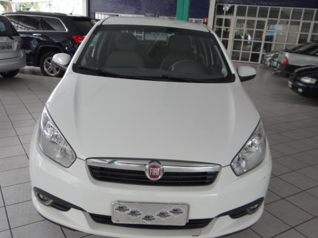 Imagem do veículo FIAT GRAND SIENA 1.6 MPI ESSENCE 16V FLEX 4P MANUAL