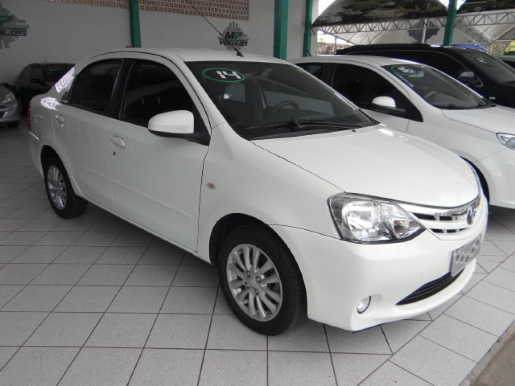 Imagem do veículo TOYOTA ETIOS 1.5 XLS SEDAN 16V FLEX 4P MANUAL
