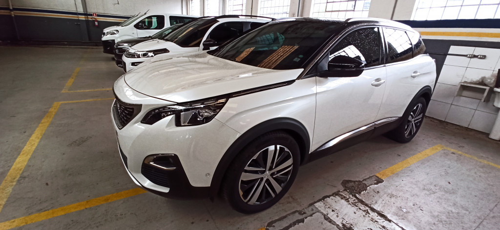 PEUGEOT 3008 1.6 griffe pack thp 16v gasolina 4p automatico