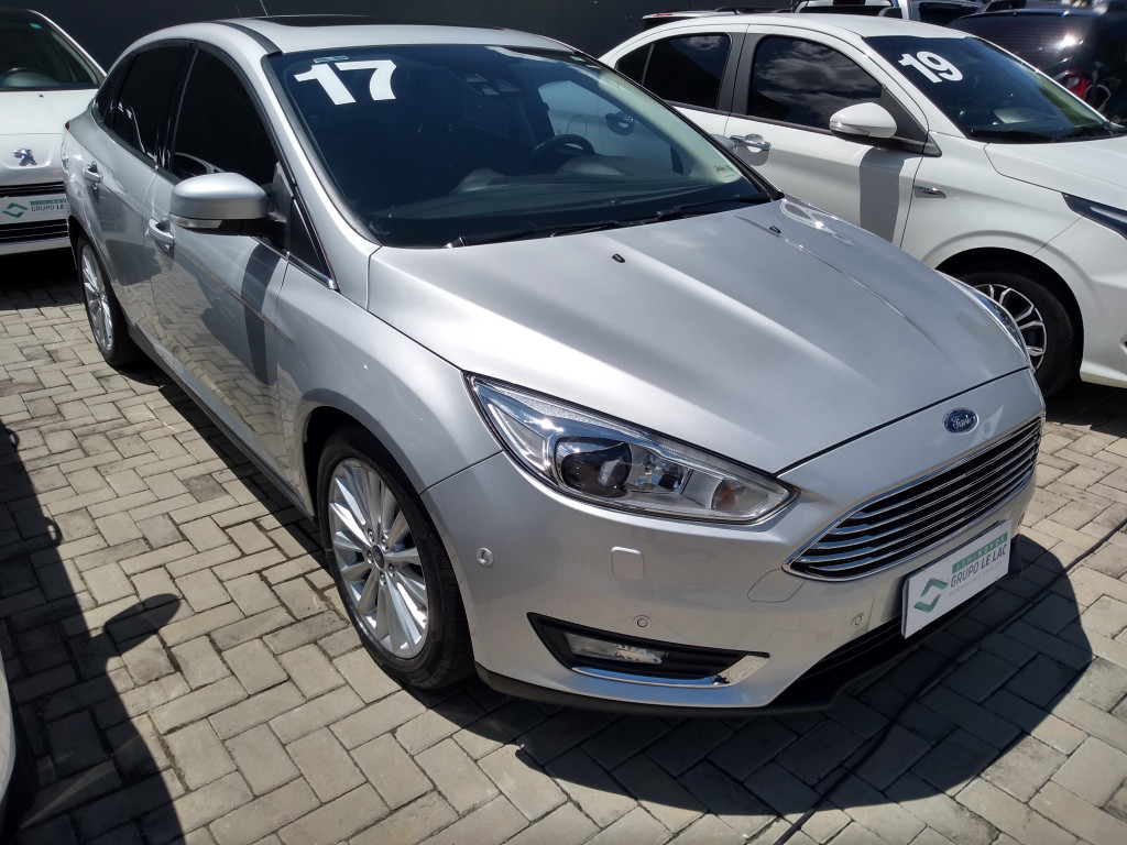 FORD FOCUS 2.0 titanium sedan 16v flex 4p automatico