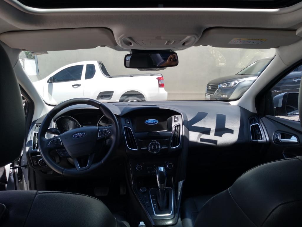 Imagem do veículo FORD FOCUS 2.0 titanium sedan 16v flex 4p automatico