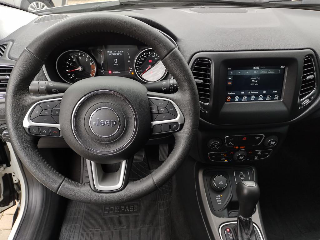 Imagem do veículo JEEP COMPASS 2.0 16V FLEX SPORT 4X4 AUTOMÁTICO