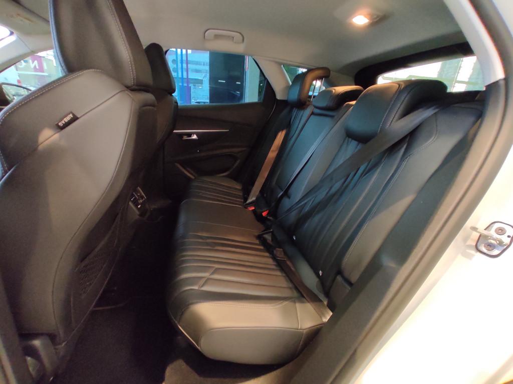 Imagem do veículo PEUGEOT 3008 1.6 ALLURE THP 16V GASOLINA 4P AUTOMÁTICO