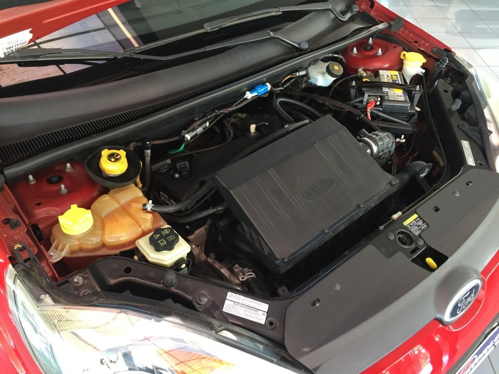 Imagem do veículo FORD FIESTA 1.6 MPI CLASS HATCH 8V FLEX 4P MANUAL