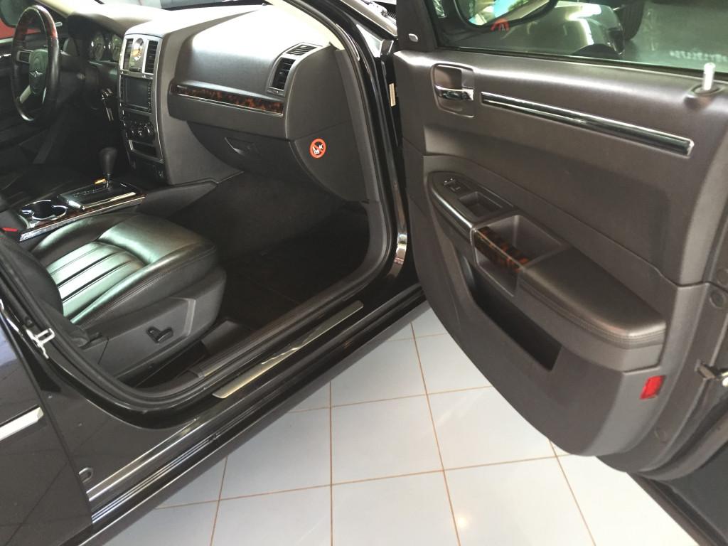 Imagem do veículo CHRYSLER 300 C 3.5 V6 GASOLINA AUTOMÁTICO