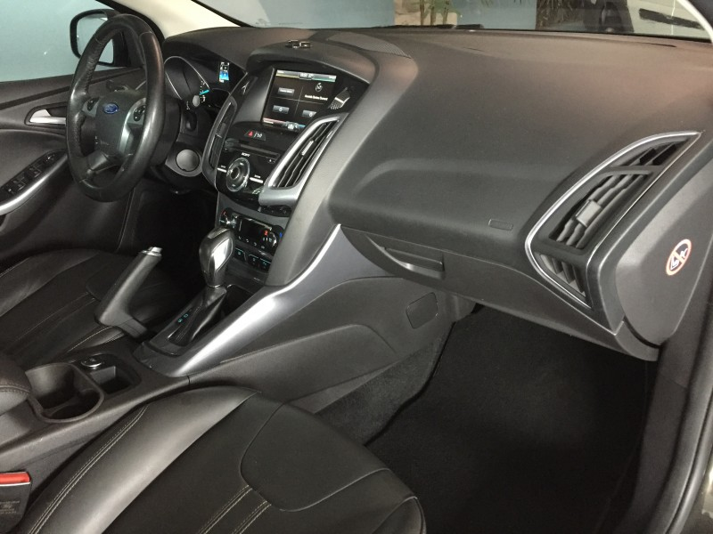 Imagem do veículo FORD FOCUS 2.0 TITANIUM PLUS SEDAN 16V FLEX 4P POWERSHIFT