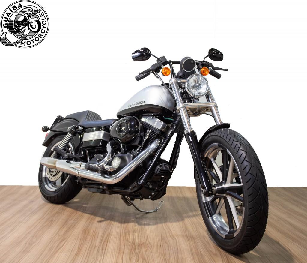 Imagem do veículo Harley Davidson - Dyna Super Glide Customizada