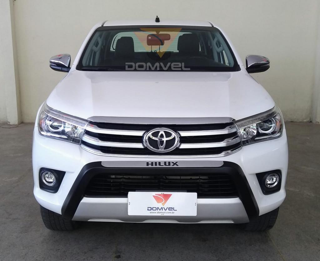 Toyota Hilux CD SRX 2.8 4x4 AT