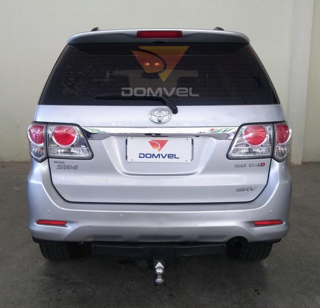 Imagem do veículo Toyota Hilux SW4 3.0 SRV Turbo Diesel 4x4