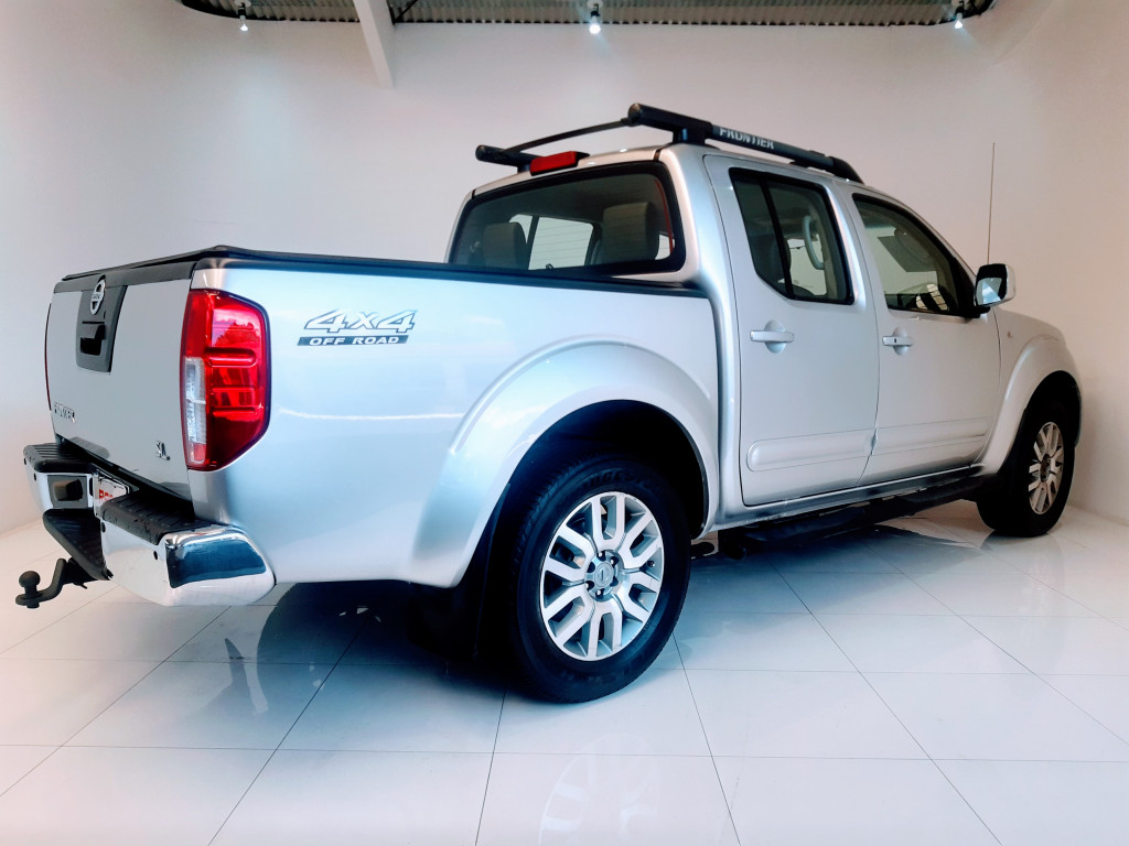 Imagem do veículo NISSAN FRONTIER 2.5 SL 4X4 CD TURBO ELETRONIC DIESEL 4P AUTOMÁTICO
