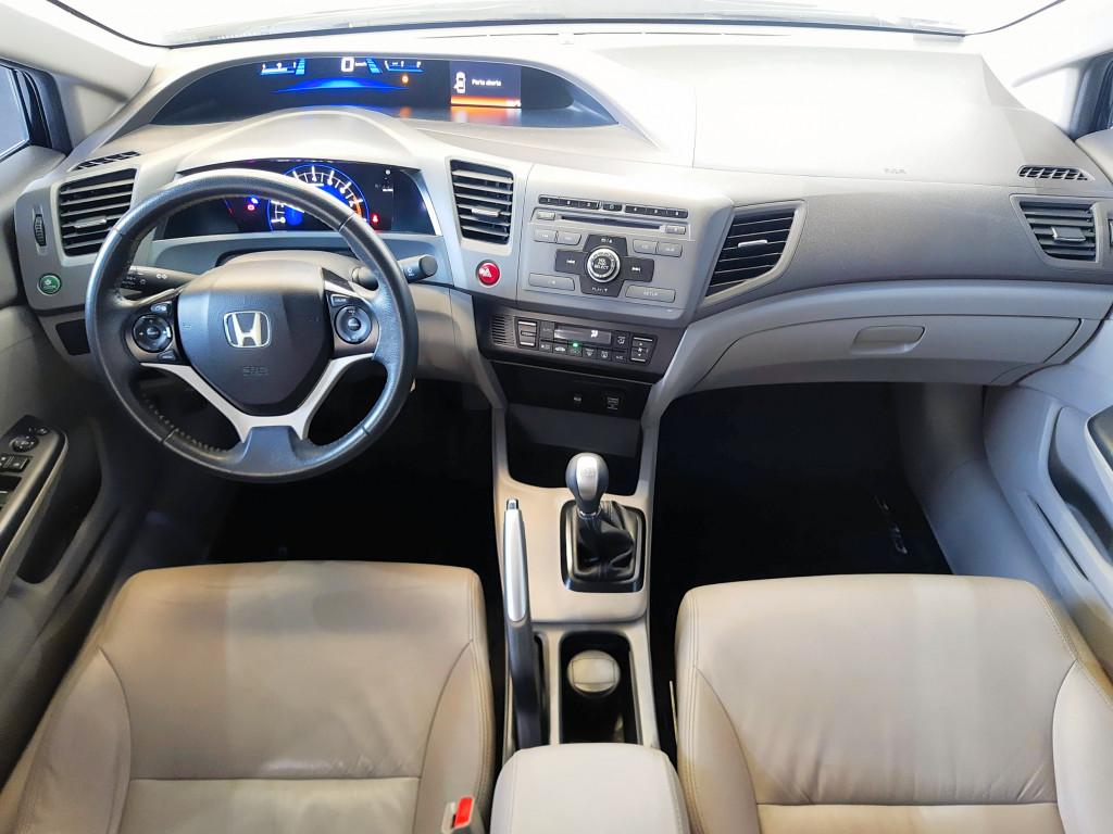 Imagem do veículo HONDA CIVIC 1.8 LXL 16V FLEX 4P MANUAL