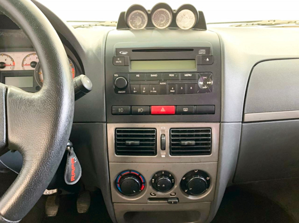 Imagem do veículo FIAT PALIO 1.8 MPI ADVENTURE LOCKER WEEKEND 8V FLEX 4P MANUAL