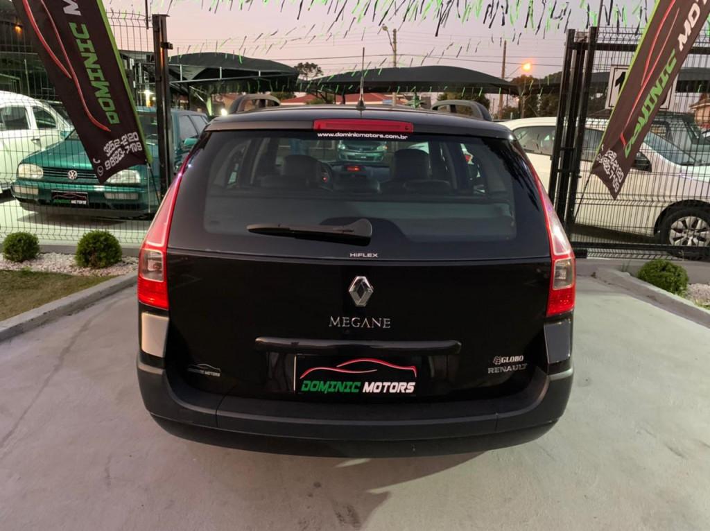 Imagem do veículo RENAULT MEGANE 1.6 DYNAMIQUE GRAND TOUR 16V FLEX 4P MANUAL