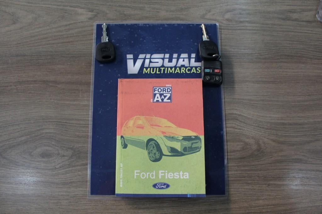 Imagem do veículo FORD FIESTA HATCH 1.0 FLEX 4P MANUAL - 2014 - VERMELHA