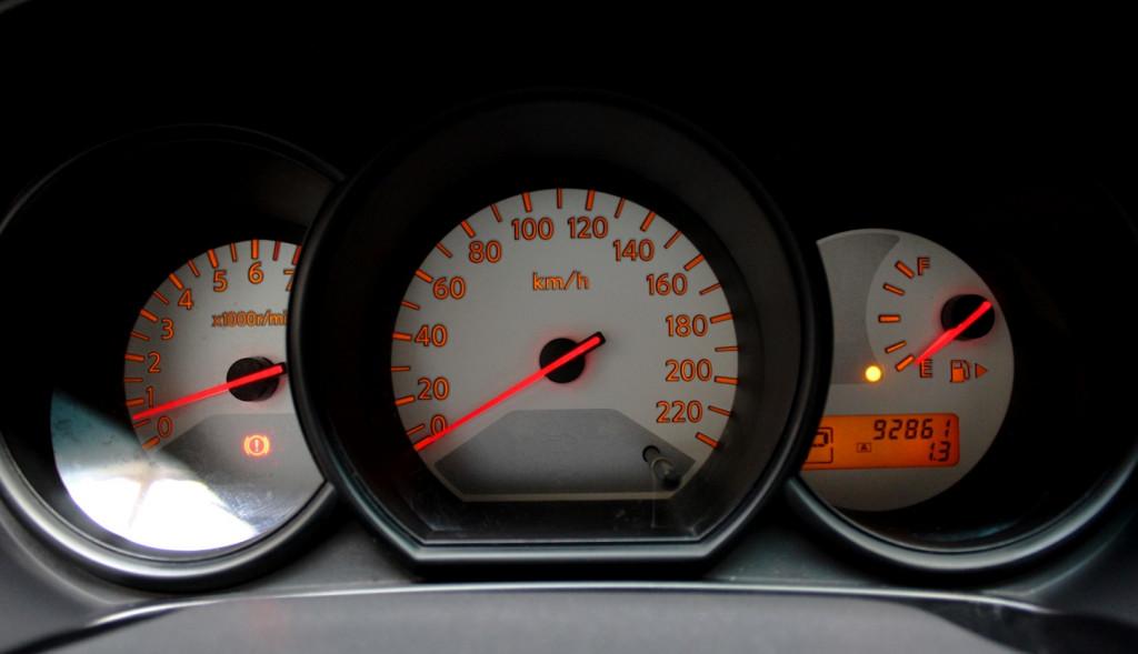 Imagem do veículo NISSAN LIVINA S 1.8 FLEX 4P AUTOMÁTICO - 2014 - PRETA